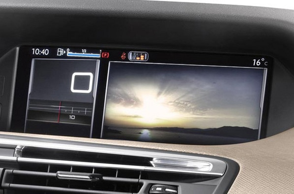 Citroën C4 Picasso - Panoramic screen